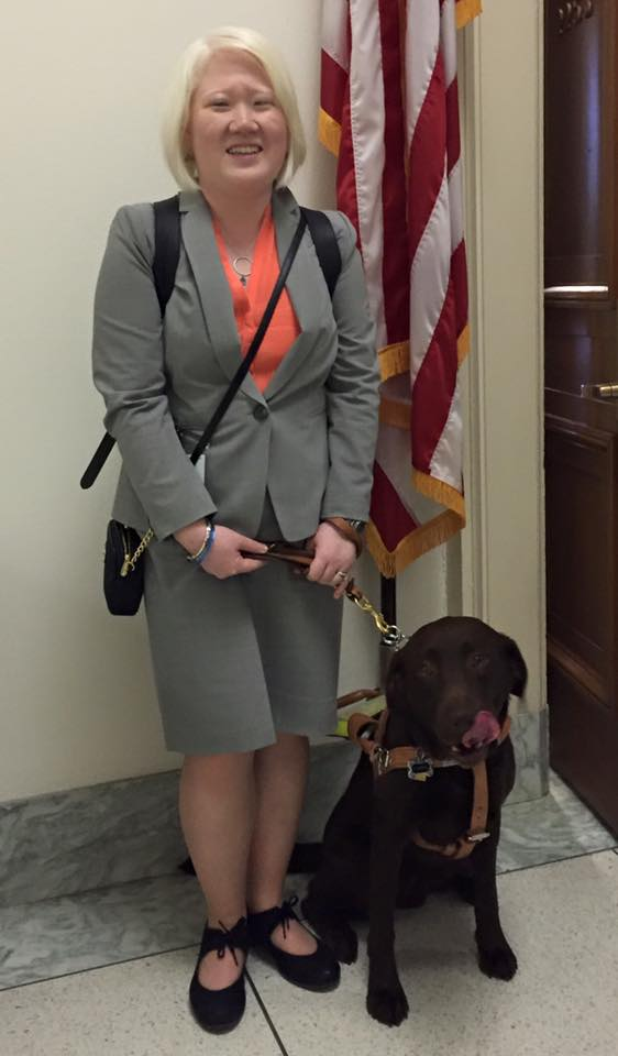 Stephanie DeLuca and guide dog Karra at an ACS Science and the Congress event on Capitol Hill.